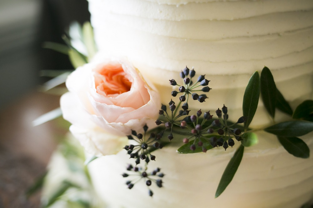Splendid Servings Cake Design - wedding cake